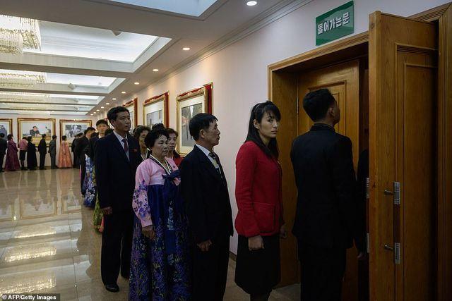 người Triều Tiên nô nức đi bầu cử
