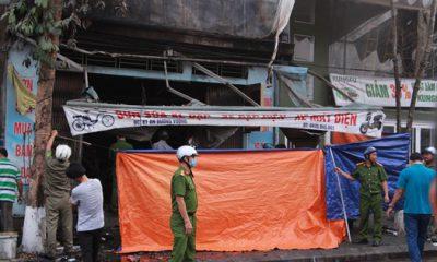 Cảnh sát phong tỏa hiện trường điều tra nguyên nhân vụ cháy. Ảnh: Võ Thạnh