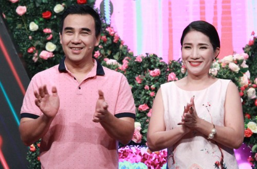 """Cát Tường (phải) là gương mặt được yêu thích trong show """"Bạn muốn hẹn hò"""", bên cạnh diễn viên Quyền Linh."""